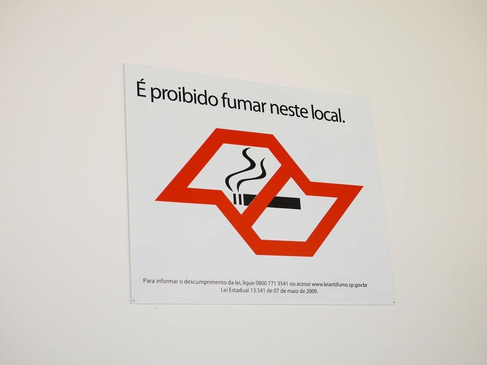 Placa de aviso