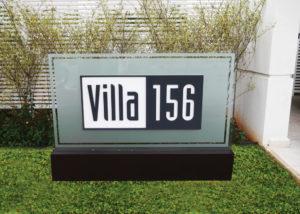 Totem principal do VILLA 156